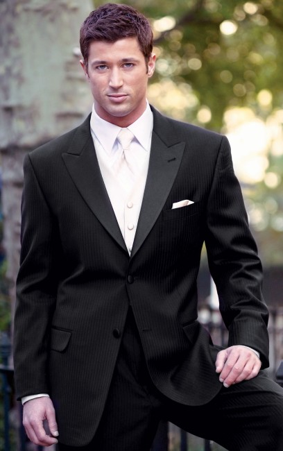 Tuxedos-Black-Tribeca-Peak-741
