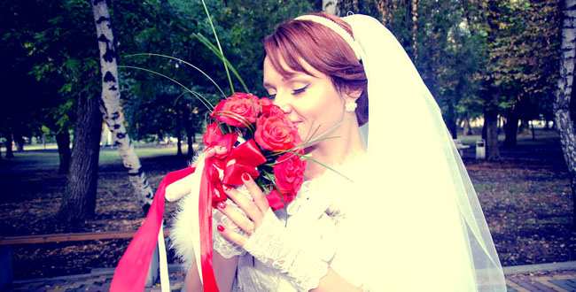 結婚式二次会スタッフが見た!感動のサプライズ