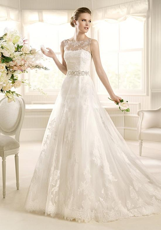 30代の花嫁さんにおすすめ! エレガントなウェディングドレス18選