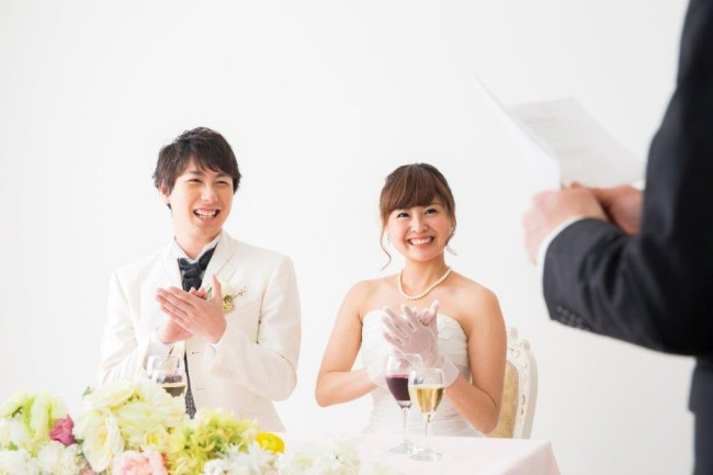 60結婚式二次会は新郎新婦も会費を払う?1