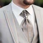 【結婚式二次会の男性ファッション】アスコットタイはOK?