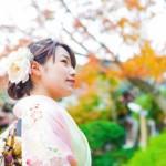 結婚式(披露宴)と結婚式二次会で着るドレスには違いがある?