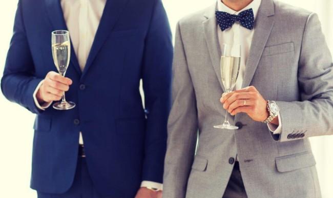 34結婚式二次会の費用相場はどれくらいか3