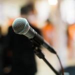 結婚式二次会での友人代表スピーチ、どんなこと話したらいい?
