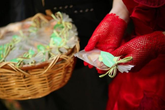 137結婚式の二次会でプチギフトは必要?1