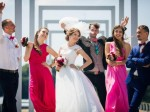 182結婚式の二次会での集合写真を撮るベストタイミング1
