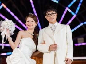 結婚式の二次会で「スマートカジュアル」指定。どんな服装?