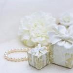 結婚式二次会で渡すプチギフトに名入れしたい。どんな名入れギフトがある?