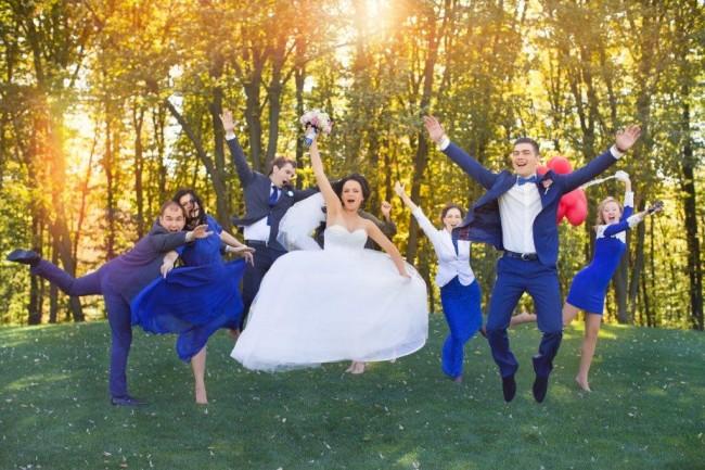 お金がないけど結婚式二次会をしたい!安くする方法とは?