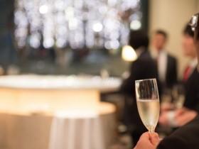 結婚式の二次会で途中で早退したい場合はどうする?