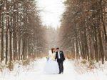 冬こそ華やかに!結婚式二次会の冬の服装