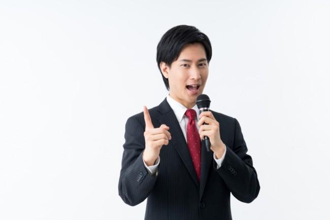 面白いトークは必要?結婚式二次会の司会になったら押さえておきたいポイント (2)