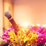 結婚式二次会の司会は誰に頼むべき?依頼の仕方と注意点